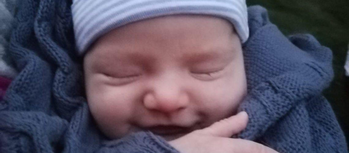 vauvahieronta_jumissa
